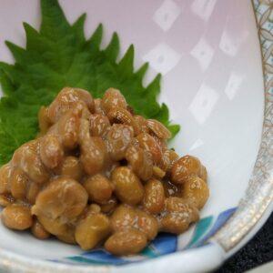 Petit-déjeuner au ryokan Asanoya, Yumura onsen, préfecture de Hyogo