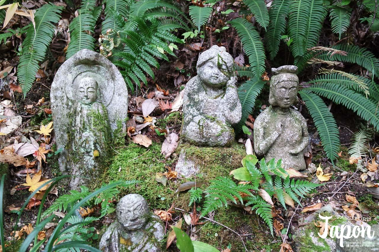 jizo-mousse-temple-mitaki-dera-hiroshima