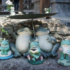 Statues de grenouilles au temple jizoin de Kunenan, Kanzaki, préfecture de Saga