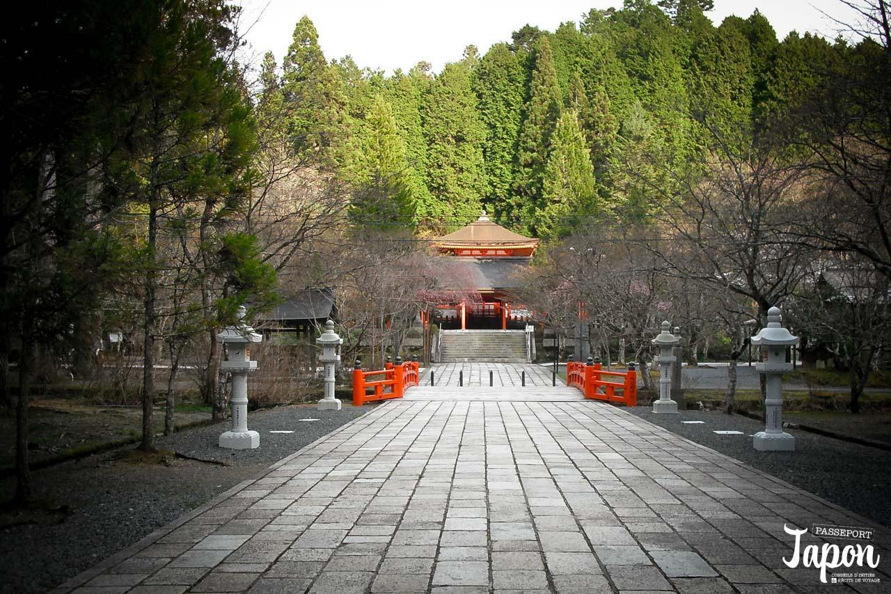 Temple et lanternes, Okunoin à Koyasan, préfecture de Wakayama