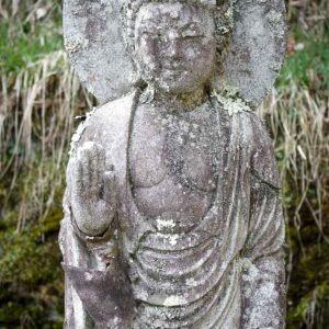 Statue bouddhiste au temple Jimyoin à Koyasan, préfecture de Wakayama